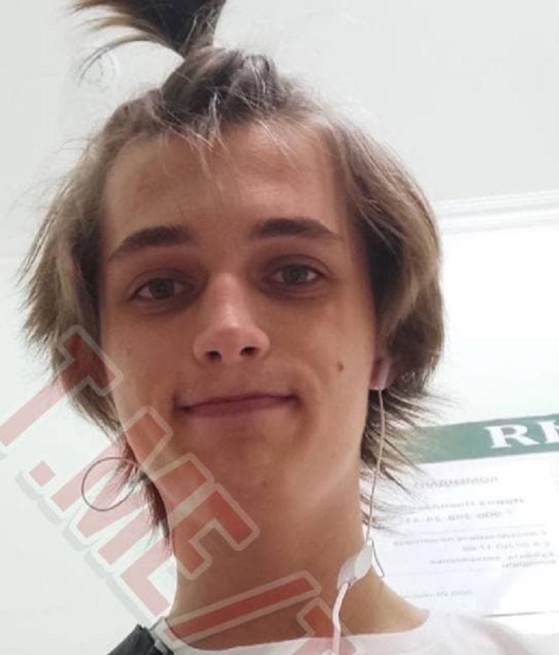 В России парень покончил с собой в прямом эфире под запрещённый трек (фото, видео 18+) - 1 - изображение